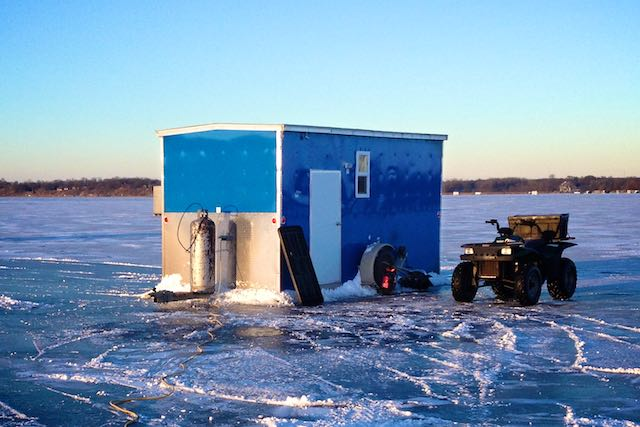 Alexandria ice fishing rentals buy sell rent ice fishing for Ice fishing rentals mn